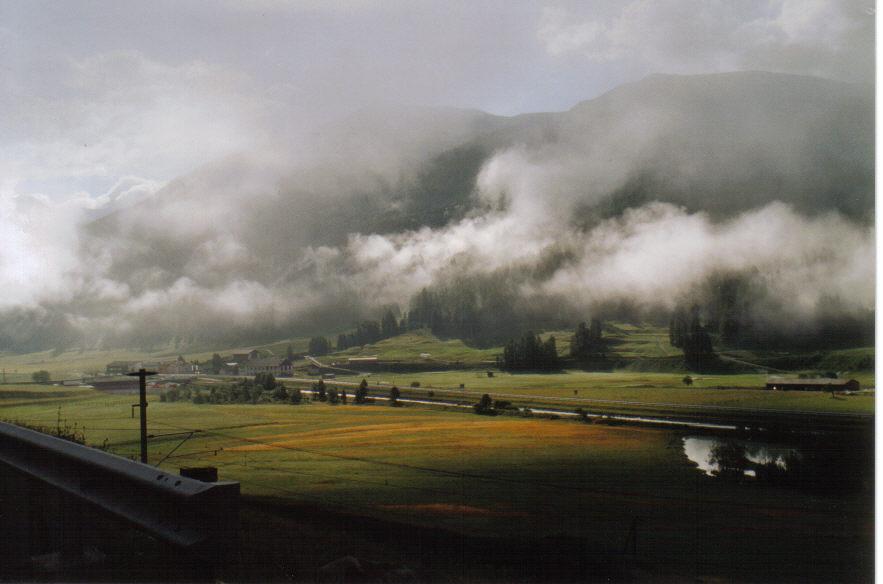 Oberengadin bei Zuoz , Nebelstimmung