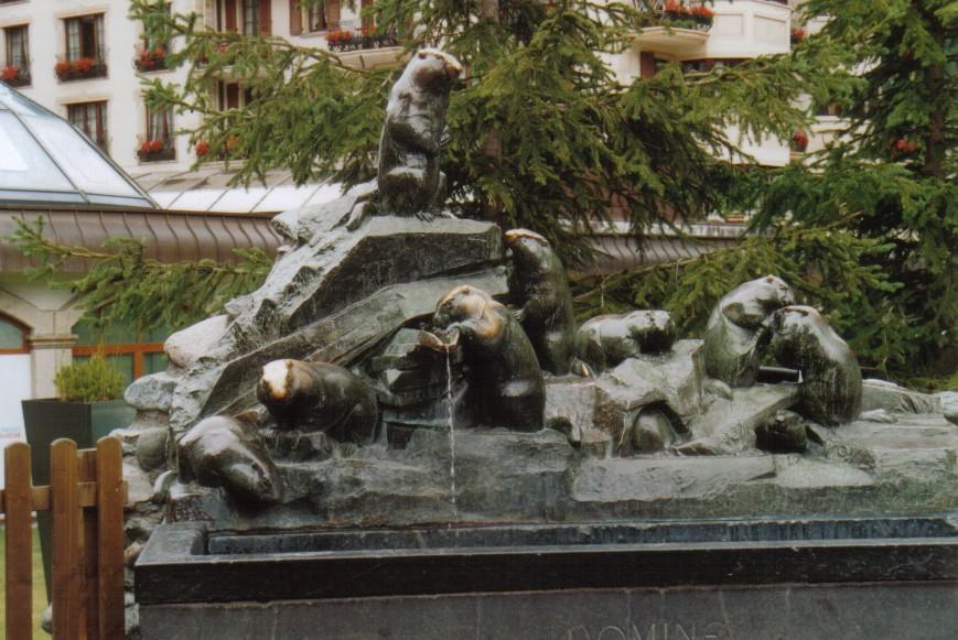 Murmeltierbrunnen in Zermatt