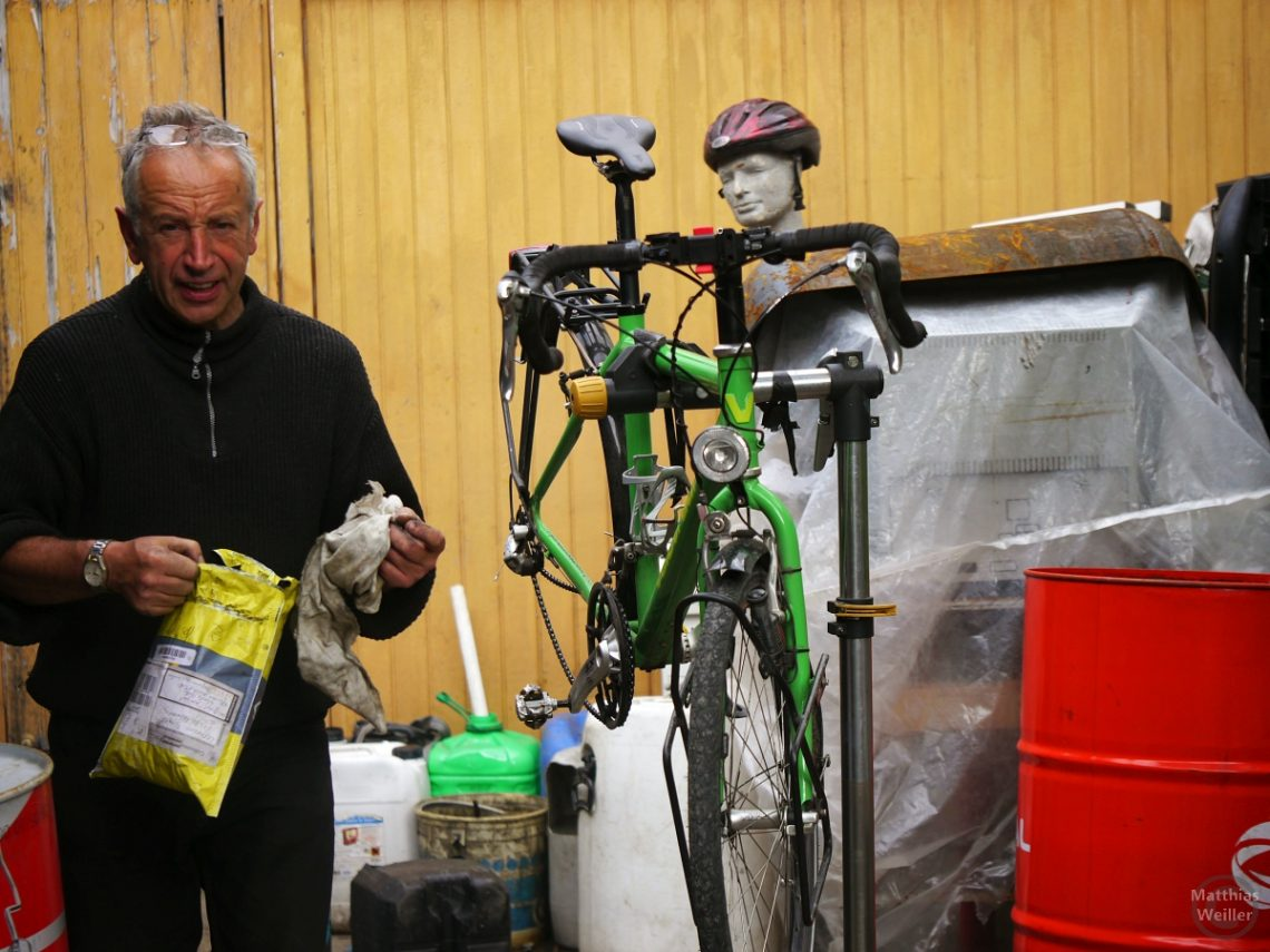 Radmechaniker Miguel mit Velo