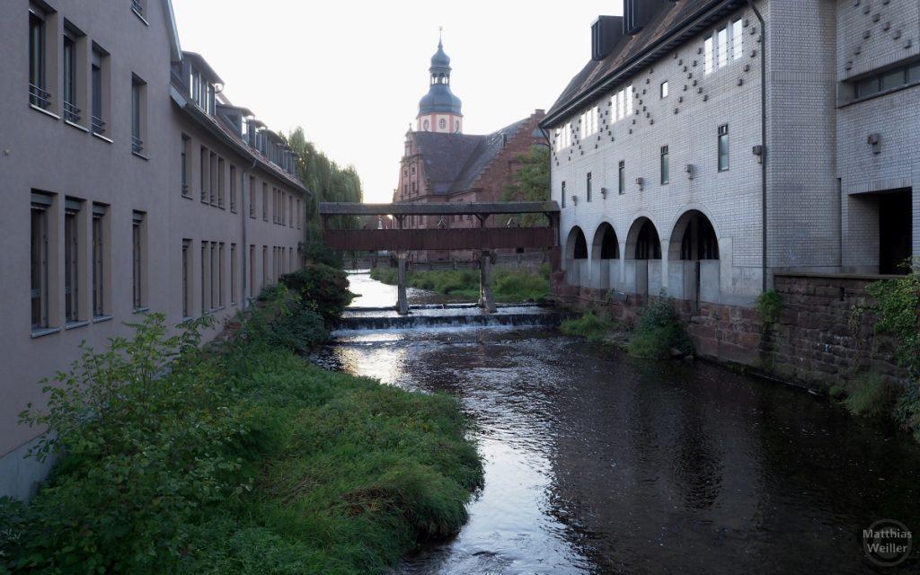 Wasserflucht mit Kirche im Hintergrund, Ettlingen