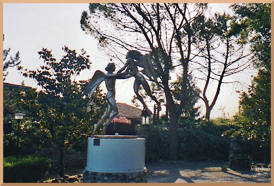 Skulptur Engelspaar, Gärten San Marino