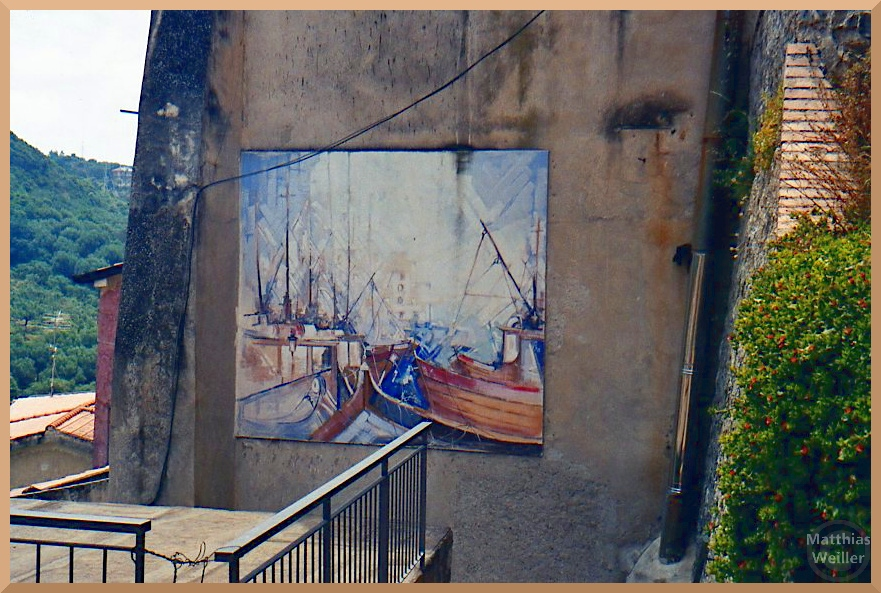 Fischerhafen-Bild als Fassadenfresko, Ascea-Velia