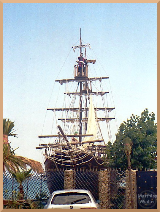 Piratenschiff in Crotone