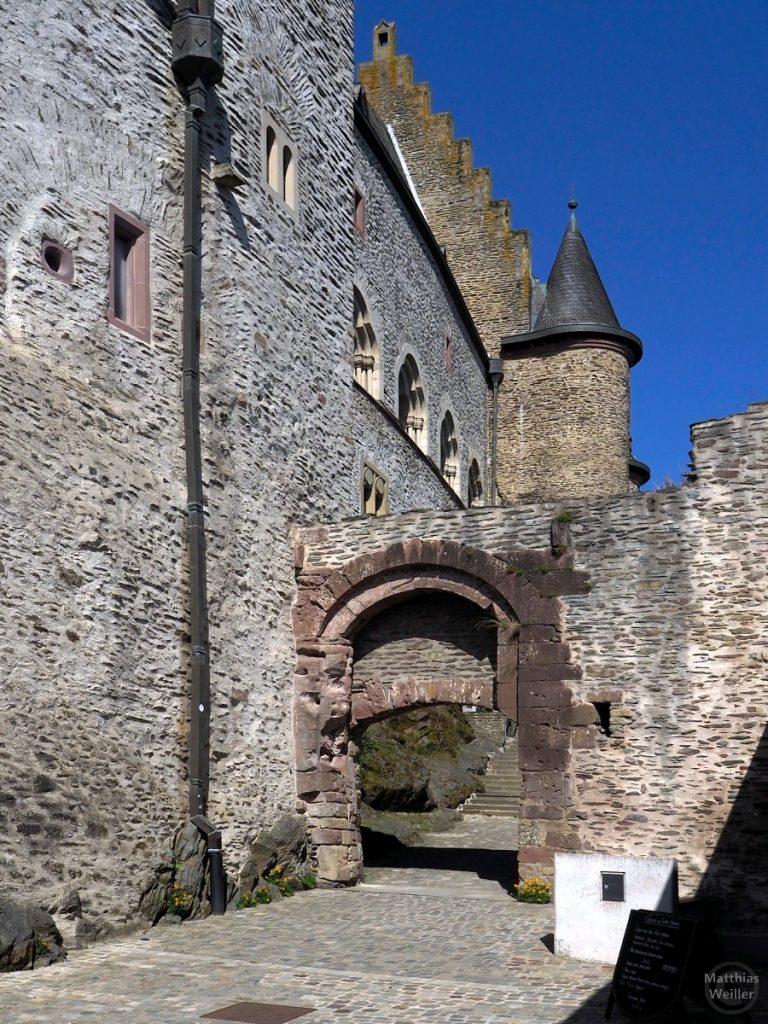 Toreingänge und Rundtürmchen, Burg Vianden