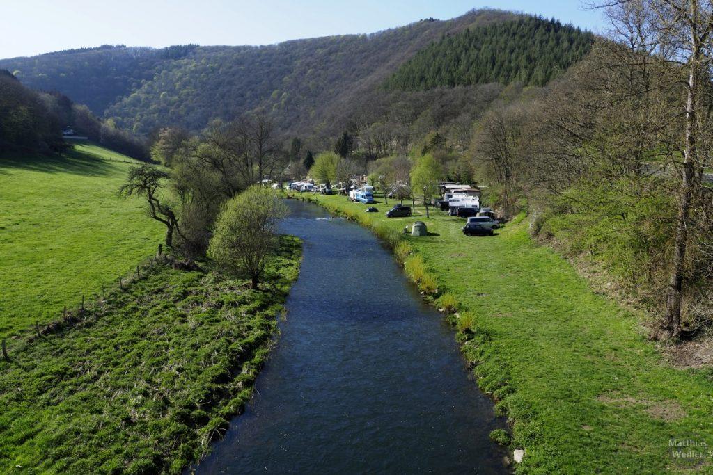 Sauer mit Flusswiese bei Goebbelsmühle