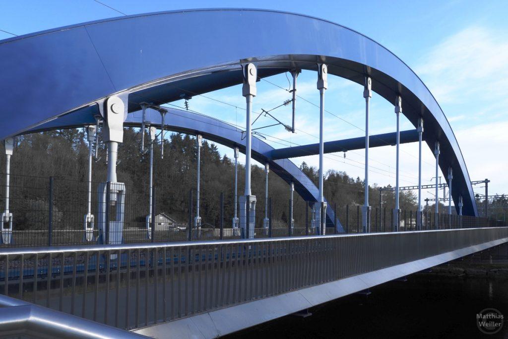 Blaue Bogenbrücke in Ettelbrück