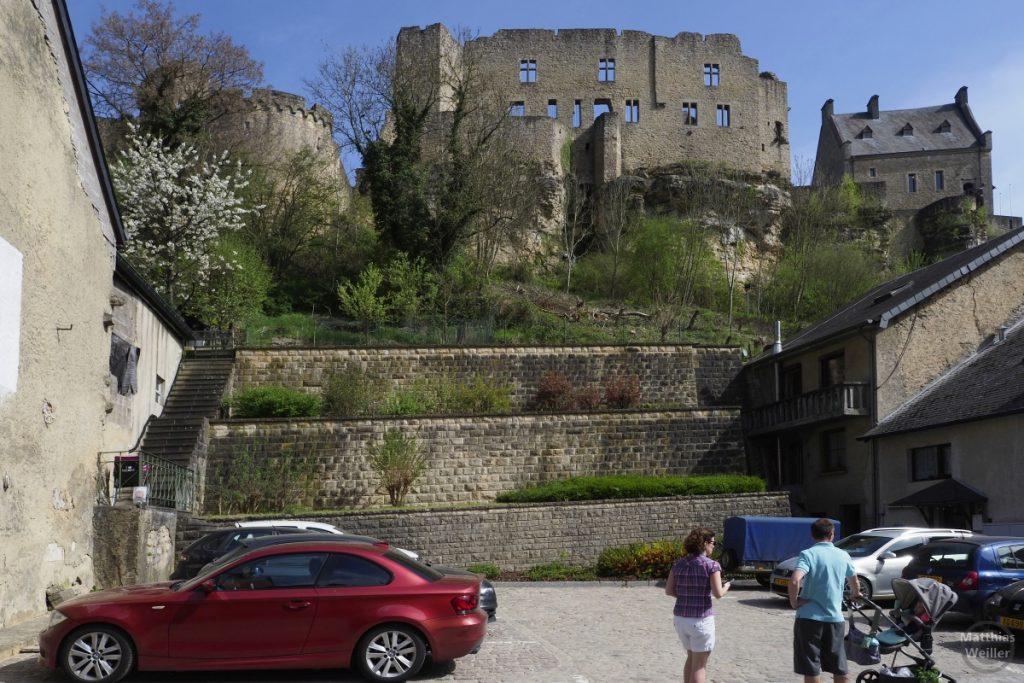 Burg Larochette Seitenansicht