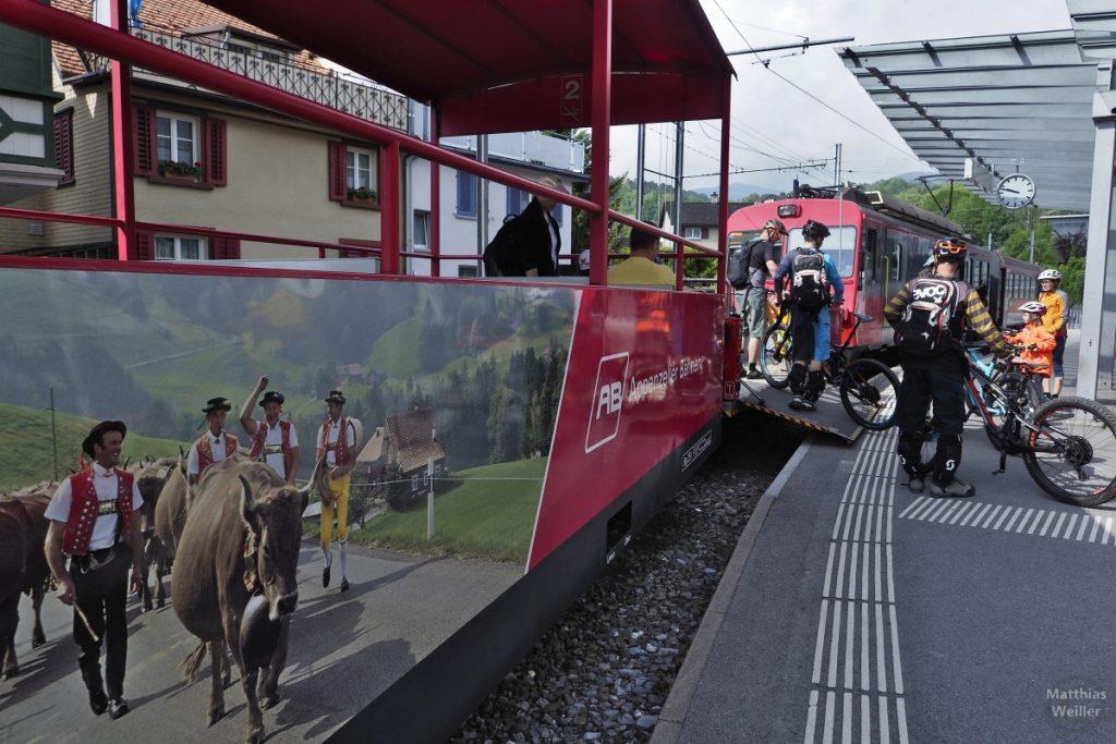 Veloverlad der Zahnradbahn in Altstätten
