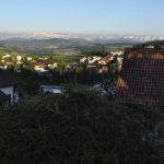 Weites Panorama mit Gipfelkette Säntis, Churfirsten und Glaern Alpen von Kirchberg aus
