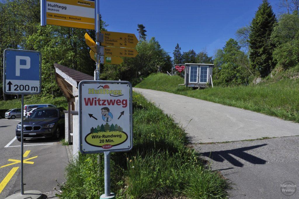 Hulftegg Witzweg Schild an Bushaltestelle