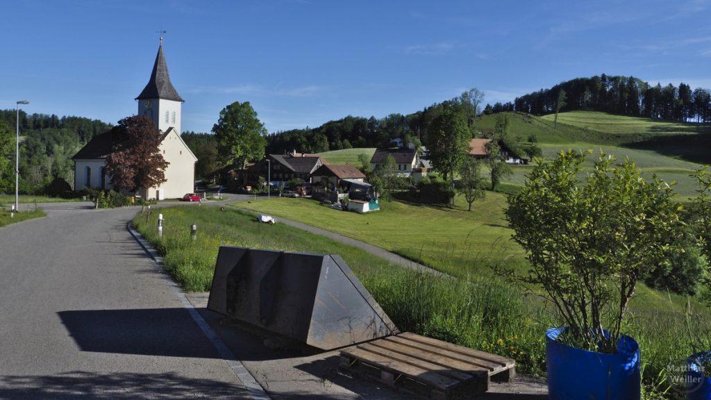 Sitzberg mit Dorfkirche