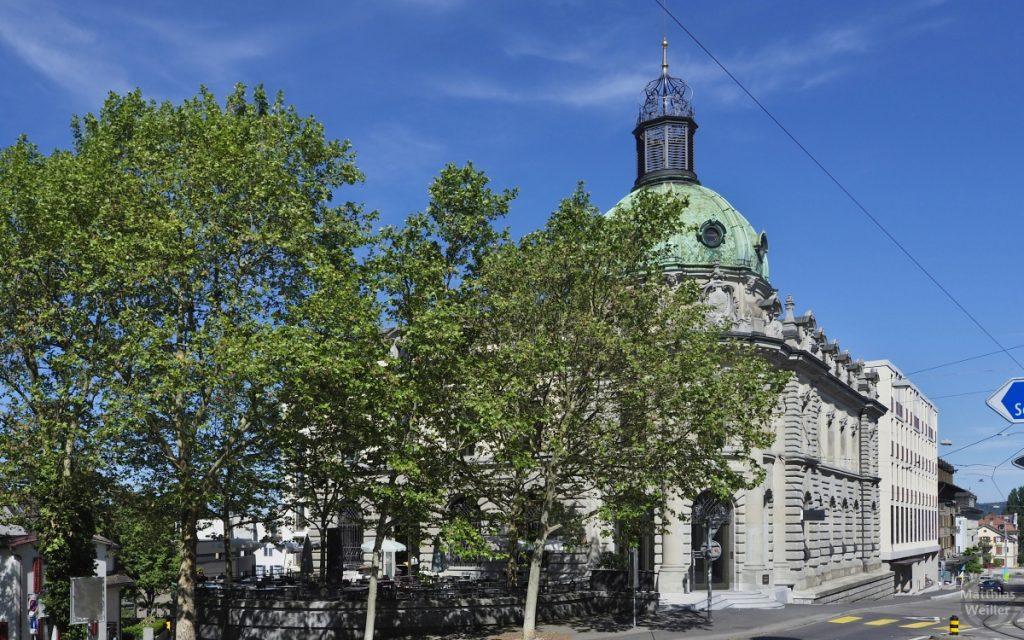 Postgebäude Frauenfeld mit grün oxidierter Kupferkuppel