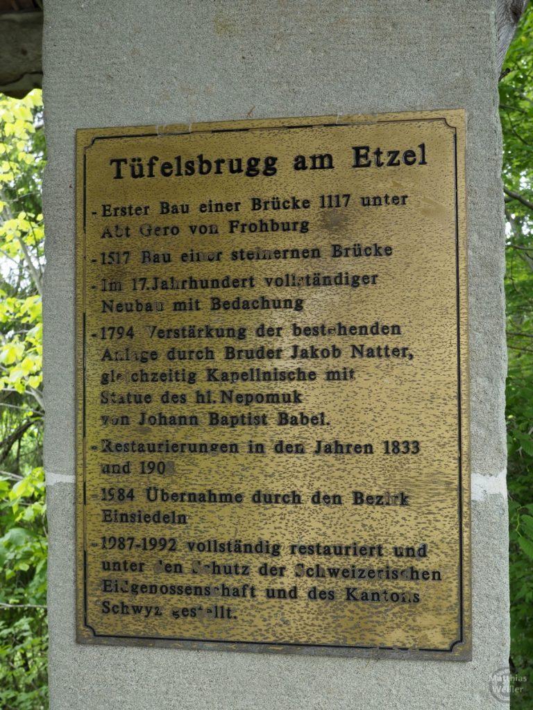 Infotafel zur Tüfelsbrugg (Teufelsbrücke) am Etzel