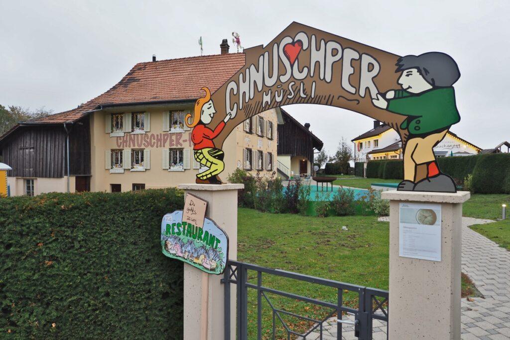 Eingang Chnuschper Hüsli/Max&Moritz, Buchenegg