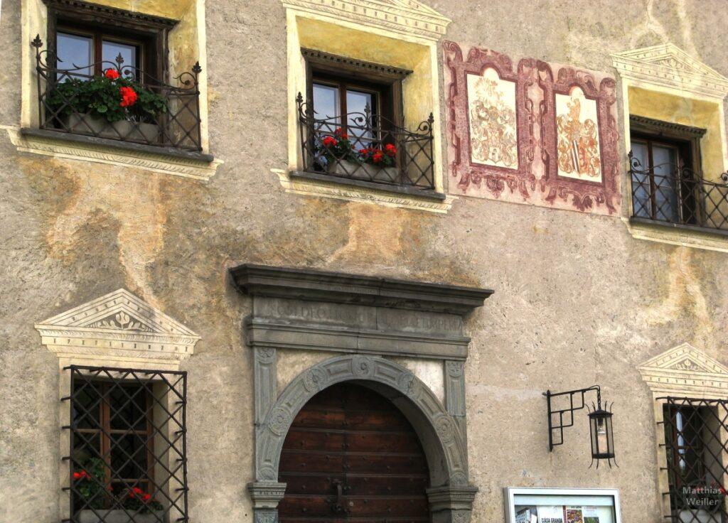 Engadinerhaus, römische Motive, Stampa