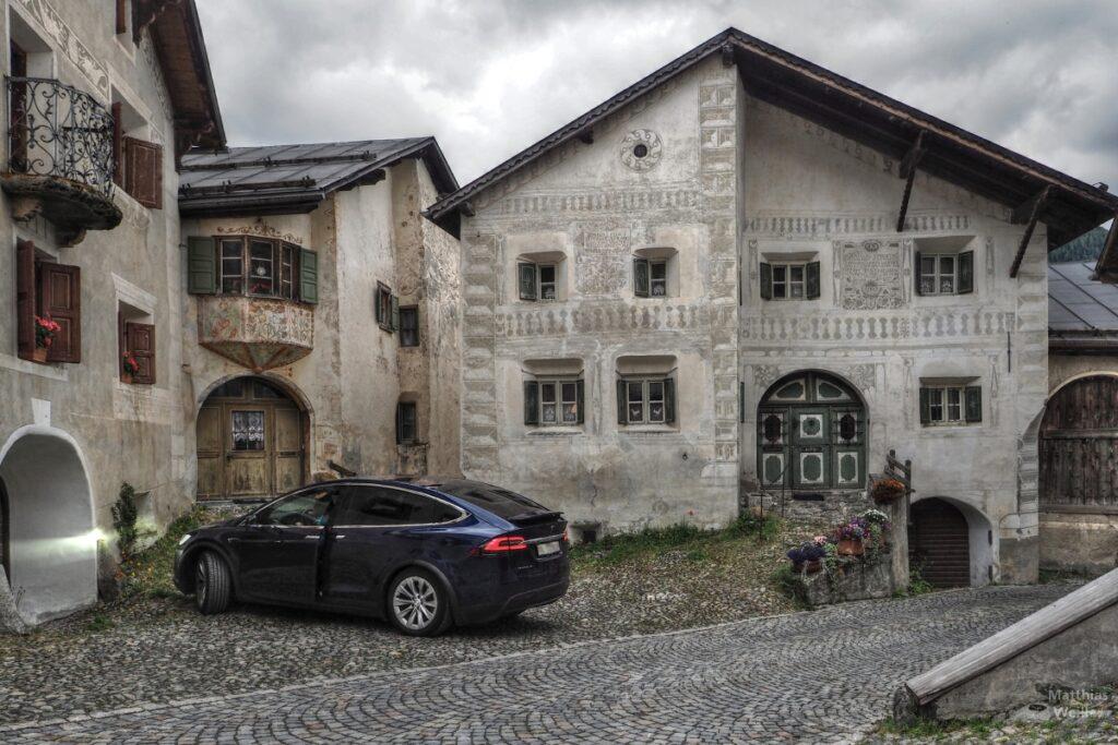Engadinerhaus beige/grün, Heimhaus von Schellen-Ursli