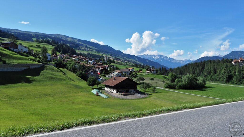 interrheintal mit Bergdorf Masein