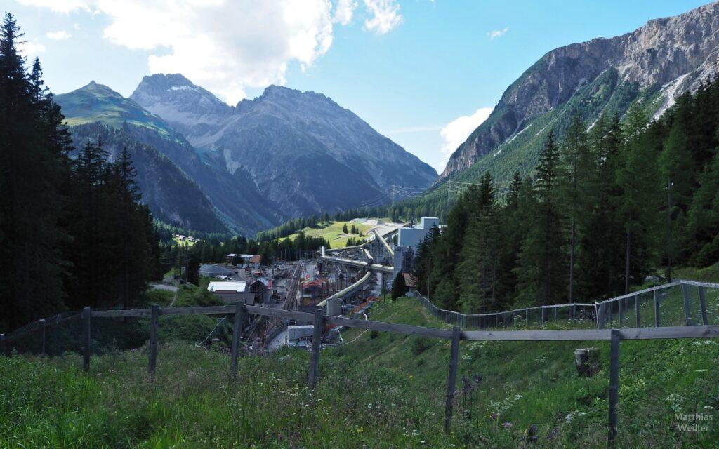Baustelle für Tunnelausbau Albula