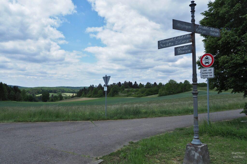 Historisches Wegekreuzschild Hayingen