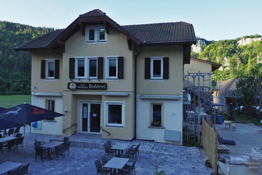 "Haus, Café/Biergarten ""Drahtesel"""