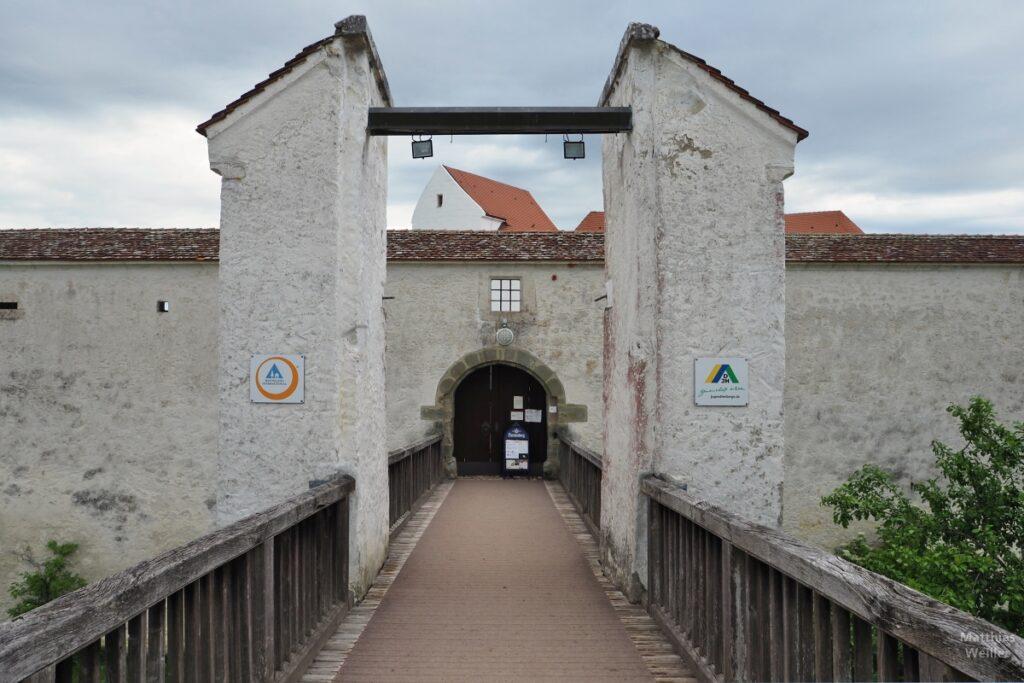 Burgbrückeneingang zu Schloss Wildenstein, Jugendherberge