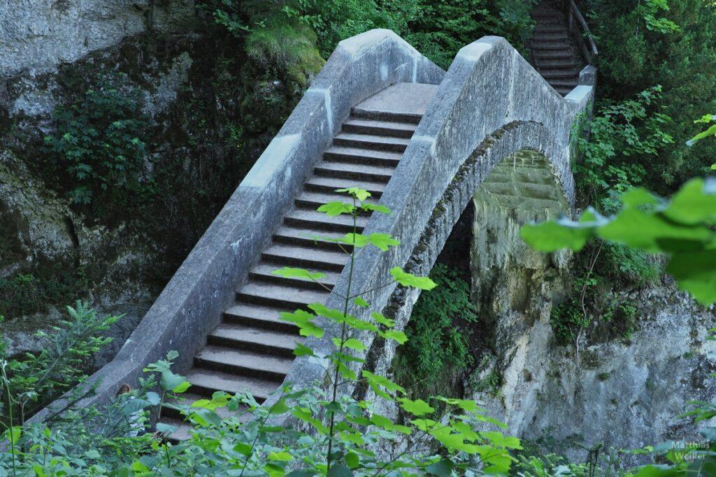 Teufelsbrücke, Nahansicht