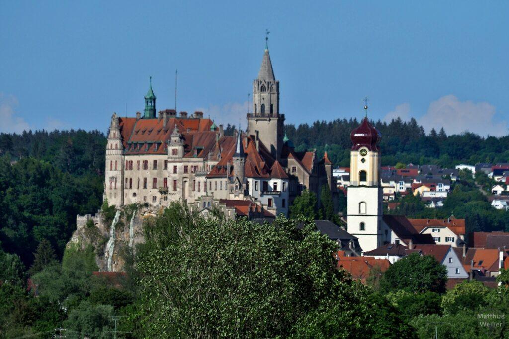 Residenzschloss Sigmaringen und Kirche im Tele